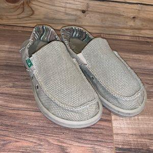 Sanuk Slip On Shoes Size 4